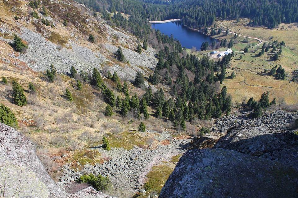lac des truites depuis le gazon du faing