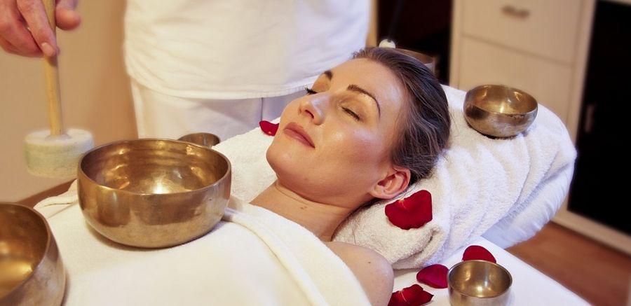 séance de massage à l'hotel